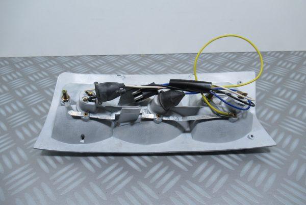 Platine de feu arriere gauche Renault Master 1 5001001341