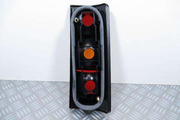 Feu arrière gauche Renault Express 7701031915