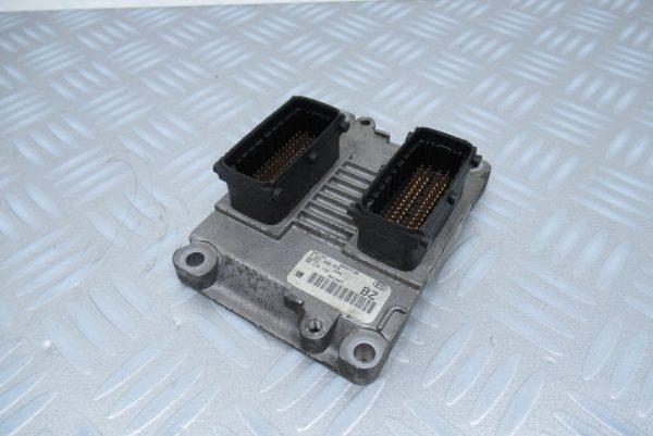 Boitier ECU Bosch Opel Corsa 0261206074