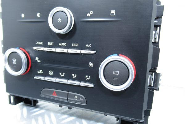 Façade Multifonctions Renault Megane 4