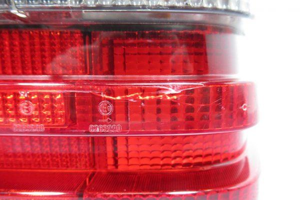 Feu arrière droit Mercedes Classe E