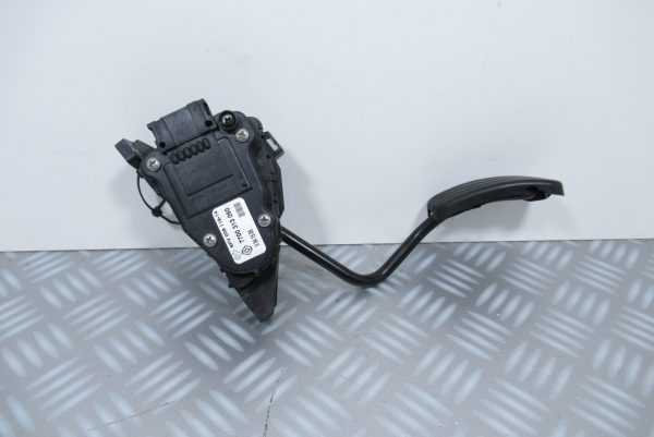 Pédale d'accelerateur pour Renault Trafic 2 7700313060