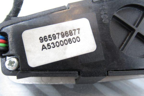 Commande de chauffage arriere Citroen C4 Picasso 9659796877