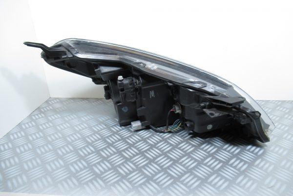 Optique avant gauche a LED Toyota Yaris 3 PPTD40