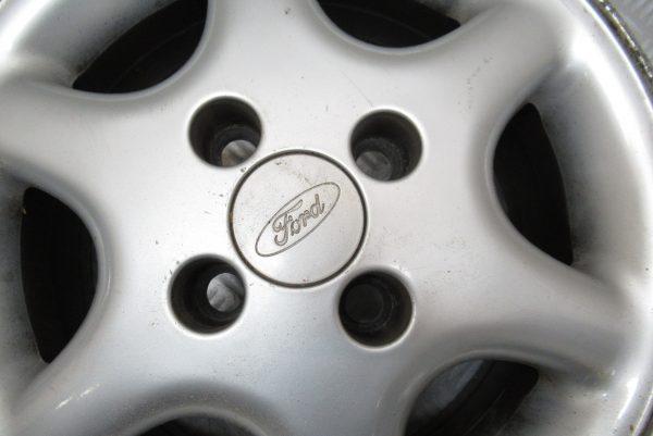 Jante alu Ford Fiesta 14 pouces 4 trous