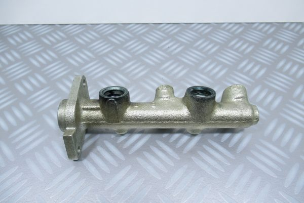 Maitre-cylindre de frein Renault Super 5 / 7700724410