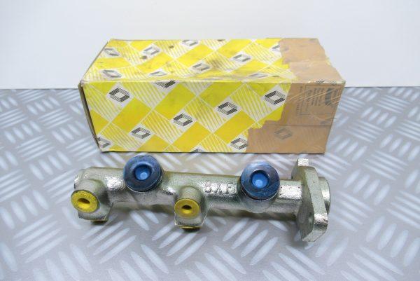 Maître-cylindre de frein Renault Super 5 // 7700724410