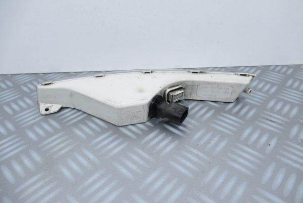 Feu clignotant avant droit Volkswagen Passat 3C0953042H