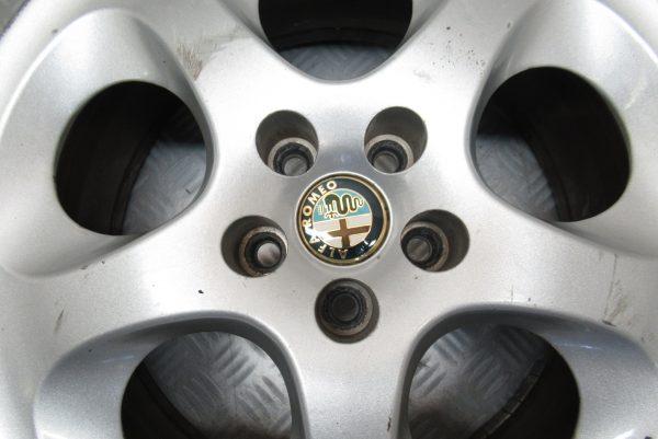 Jante alu 16 pouces 5 trous Alfa Romeo 147 3