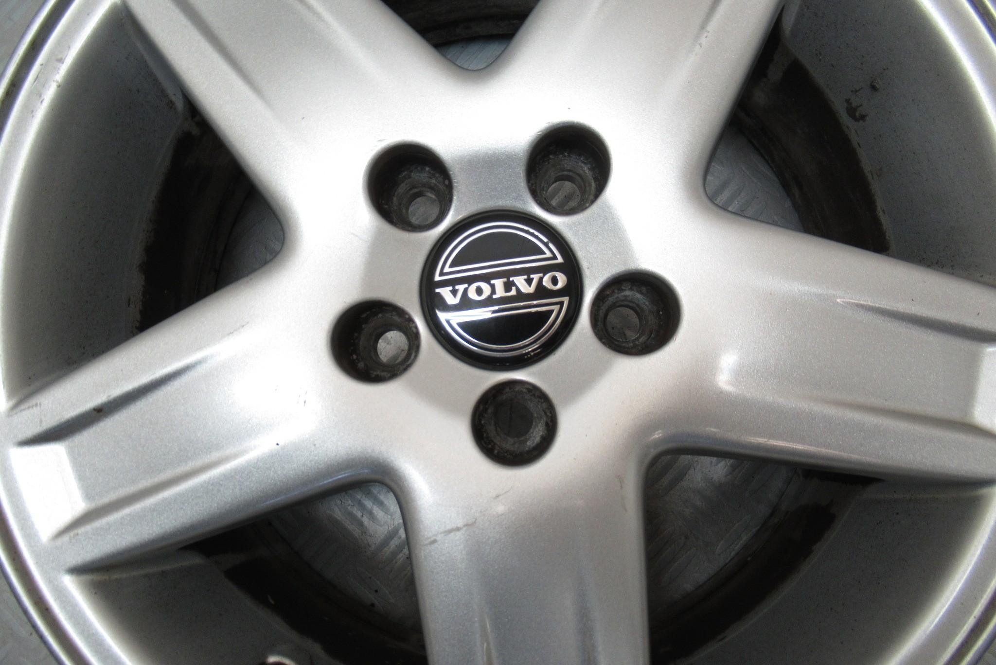 Jante alu 16 pouces 5 trous Volvo S60 2