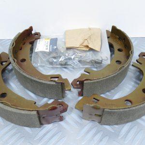 Kit mâchoires de frein Renault Express 1 \\ 7701203154